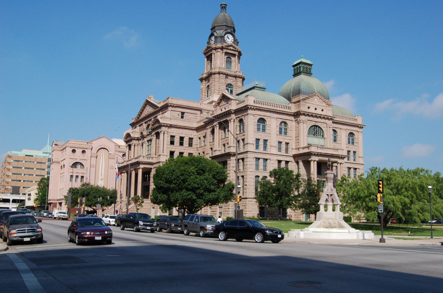 [Tarrant County Courthouse]                                                                                                      [Sequence #]: 1 of 1