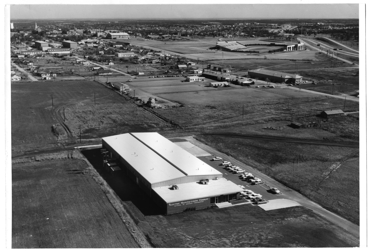 Aerial View of the Electric Manufacturing Company                                                                                                      [Sequence #]: 1 of 1