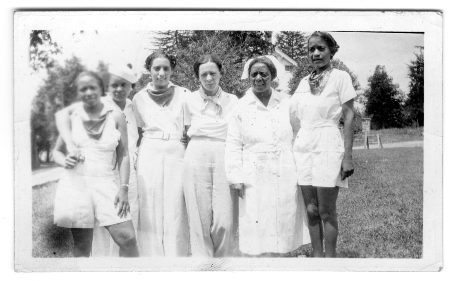 [Group of African American Women]                                                                                                      [Sequence #]: 1 of 1