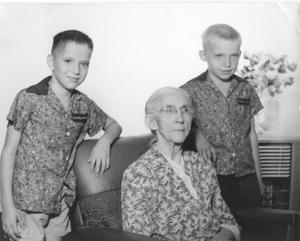 Primary view of object titled 'Hattie Arwine Anderson and Grandsons'.