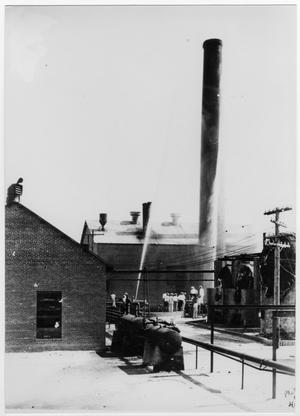 Primary view of object titled '[Pierce-Fordyce Refinery in Texas City]'.