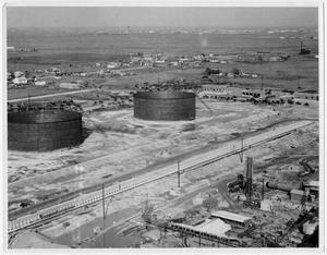 Primary view of object titled '[An aerial view of American Oil storage tanks in Texas City in 1934]'.