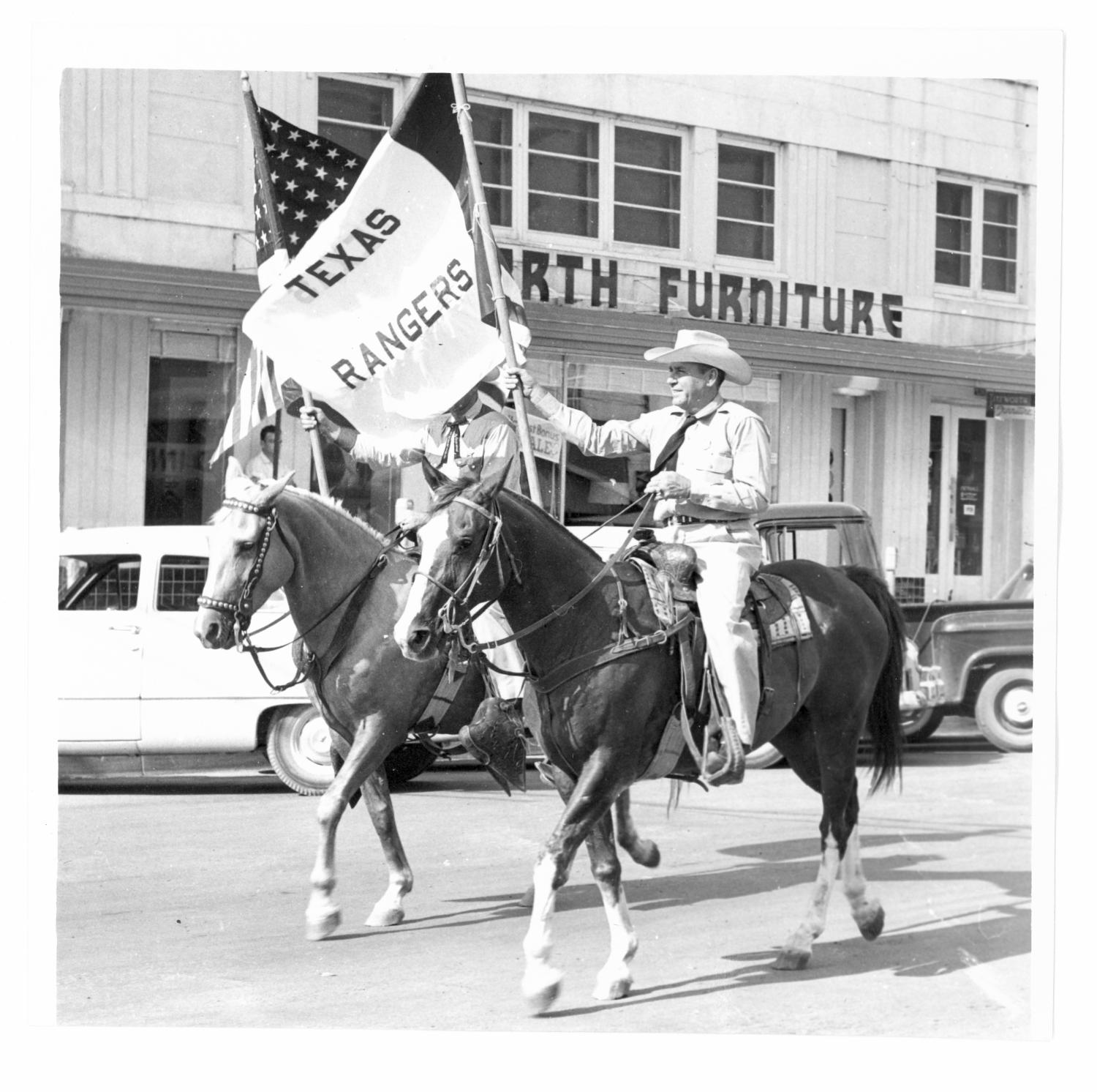 Mounted Texas Rangers In The Rodeo Parade The Portal To