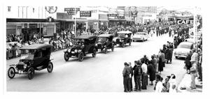Primary view of object titled 'Antique Cars in Taylor Parade'.