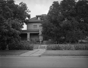 Primary view of object titled '[915 NW 4th Avenue]'.