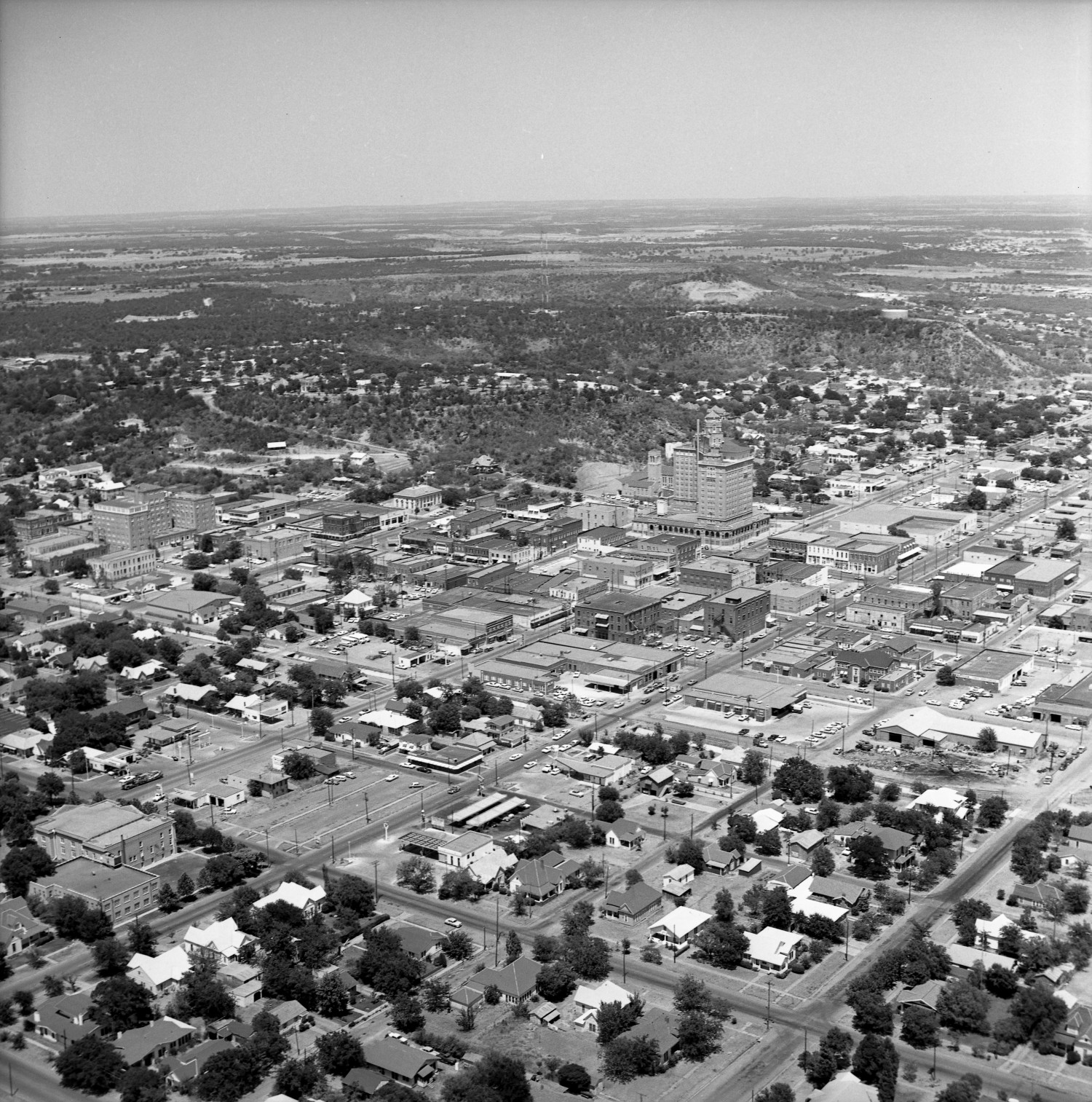 [An Aerial View of Mineral Wells From the Southwest]                                                                                                      [Sequence #]: 1 of 1