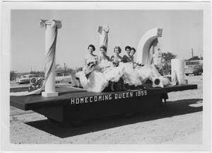 Primary view of object titled '[1955 North Texas Homecoming Queen court on a parade float]'.