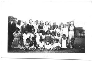 Primary view of object titled '[Group Portrait of Hispanic Children]'.