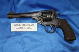 Primary view of object titled '[Image of a 1916 Webley .455 pistol donated to the Arlington Police Museum by Deputy Chief Marion Rettig, 2004]'.