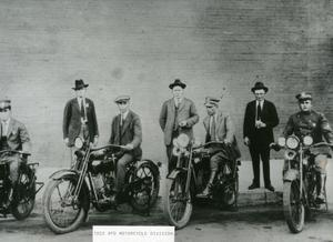 Primary view of object titled '[APD Motorcycle Patrol Unit, 1922, right view]'.