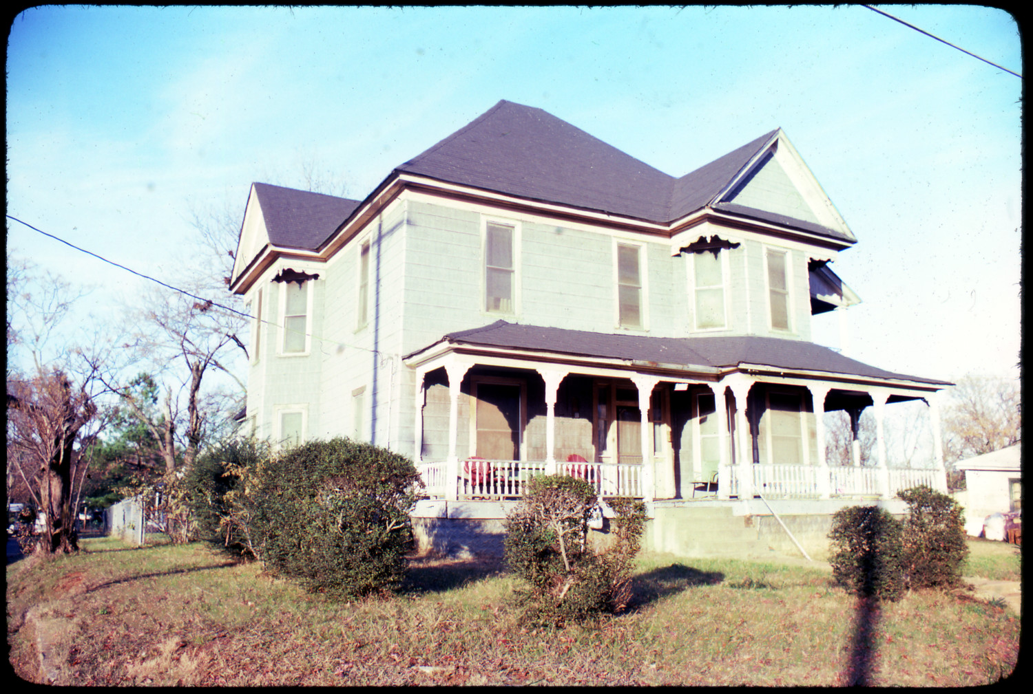 Historic home marshall texas the portal to texas history for Victorian house facts