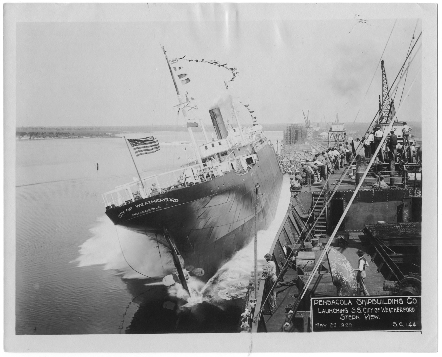 "[Pensacola Ship Building Co. launching the S. S. ""City of Weatherford,"" stern view #1]                                                                                                      [Sequence #]: 1 of 1"