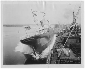 "Primary view of object titled '[Pensacola Ship Building Co. launching the S. S. ""City of Weatherford,"" stern view #1]'."