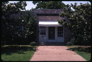 Primary view of object titled '[Marlin Public Library Exterior]'.
