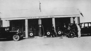 Primary view of object titled '[Mickan Motor Co. in Walburg, TX]'.