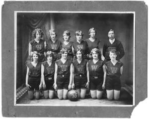 [1930 Weatherford College Girls' Basketball Team]