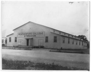 Primary view of object titled '[Weatherford College Gymnasium]'.