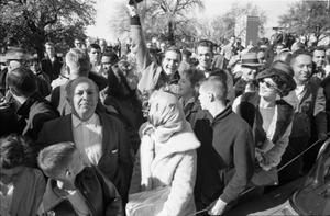 Primary view of object titled '[Crowd reacting to the news that Lee Harvey Oswald was shot]'.