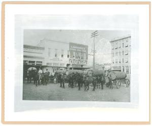 Primary view of object titled '[Longview Lumber Race]'.