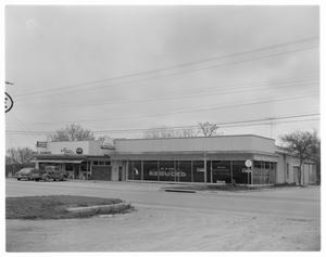 Primary view of object titled 'South Lamar Building/Used furniture shop'.