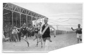 Primary view of object titled '[Runners in a foot race]'.