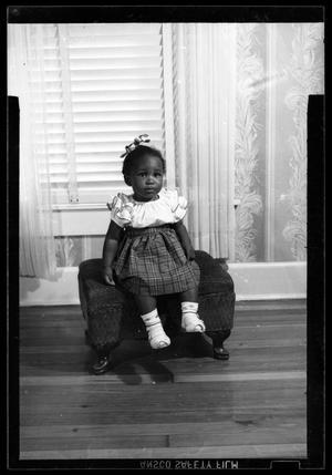 Primary view of object titled '[Photograph of a Young Girl]'.