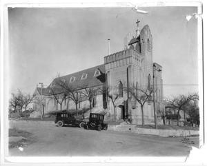 [Saint David's Church Exterior]