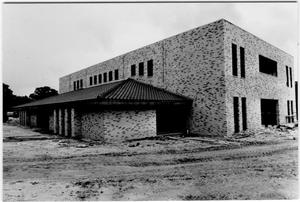 Primary view of object titled 'Hirschi Founders Library under construction'.