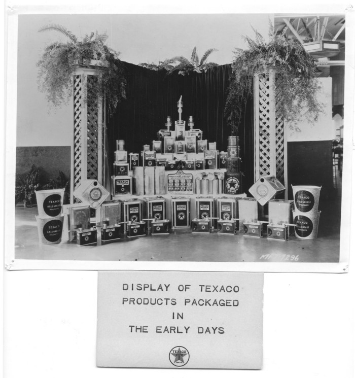 Texaco Products Display] - The Portal to Texas History