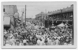 Primary view of object titled '[Postcard of Crowd During Parade, 1923]'.