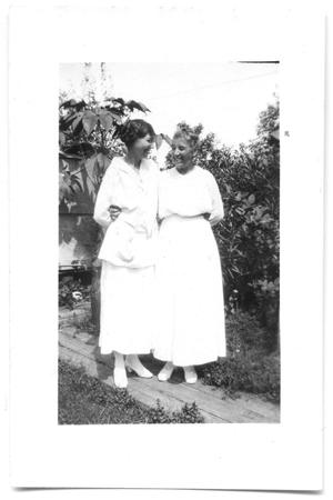 Primary view of object titled '[Amelia Carr and Her Mother]'.