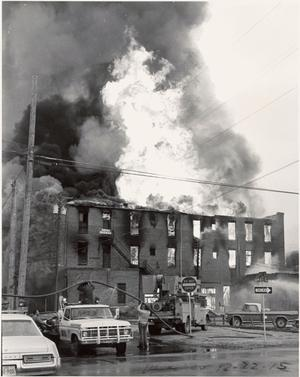 Primary view of object titled '[The Damron Hotel Fire, 1 of 21, Dec. 22, 1975]'.
