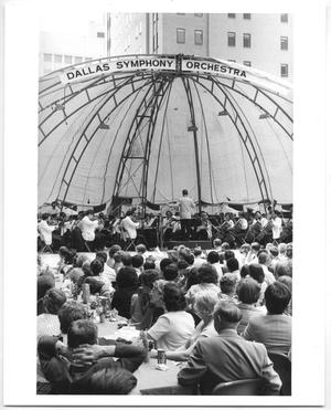Primary view of object titled '[Photograph of the Dallas Symphony Orchestra at Akard Mall]'.
