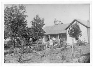 Primary view of object titled '[Robert A. and Ella Jane Dysart home]'.