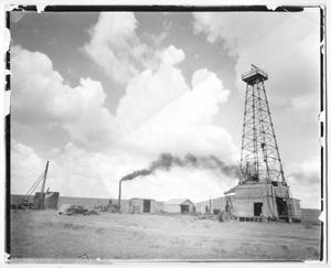Primary view of object titled '[Oil rig in North Collingsworth County]'.