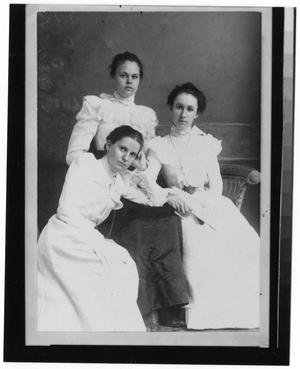 Primary view of object titled '[Photograph of Lillie Moore, Ela Christian, and Elise Wright]'.