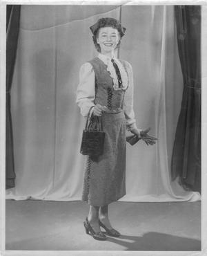 Primary view of object titled '[Mrs. Joe Davidson]'.
