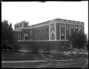 Primary view of object titled '[TSCW Science Building, west side laboratories]'.
