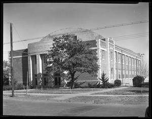 Primary view of object titled 'TSCW Student Union Building on Bell Avenue'.