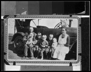 Primary view of object titled 'Carl Thyssen Family & Auto'.
