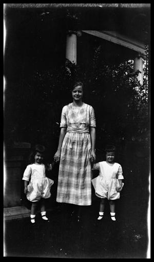 Primary view of object titled '[Mom and Children]'.