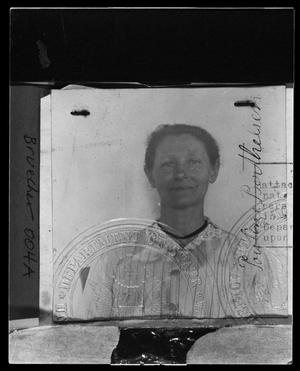Primary view of object titled 'Passport Pauline Berthelsen'.