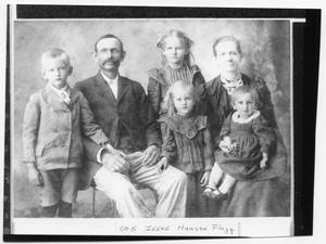 Primary view of object titled '[Hansen Family Portrait]'.
