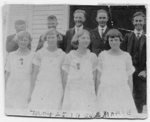 Primary view of object titled '1924 Confirmation Class'.