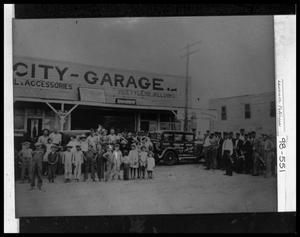 Primary view of object titled 'El Campo City Garage'.