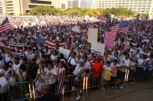 Primary view of object titled '[Crowd of immigration protesters in downtown Dallas]'.