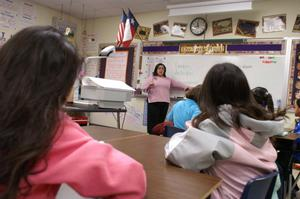 [Delisse Hardy teaches a class at Crockett Elementary]