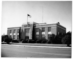 Primary view of object titled '[Photograph of Gillespie County Court House]'.