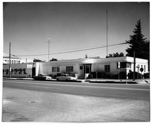 [Photograph of the Fredericksburg Clinic]