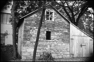 Primary view of object titled '[Photograph of a Stone Building in Fredericksburg]'.